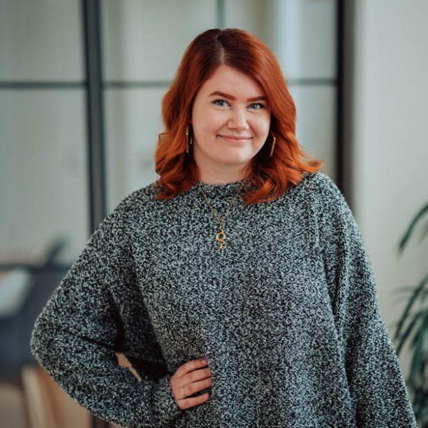 Miriam ist unsere UX Designerin und kümmert sich um die Darstellung und das Design der Webseiten unserer Kunden